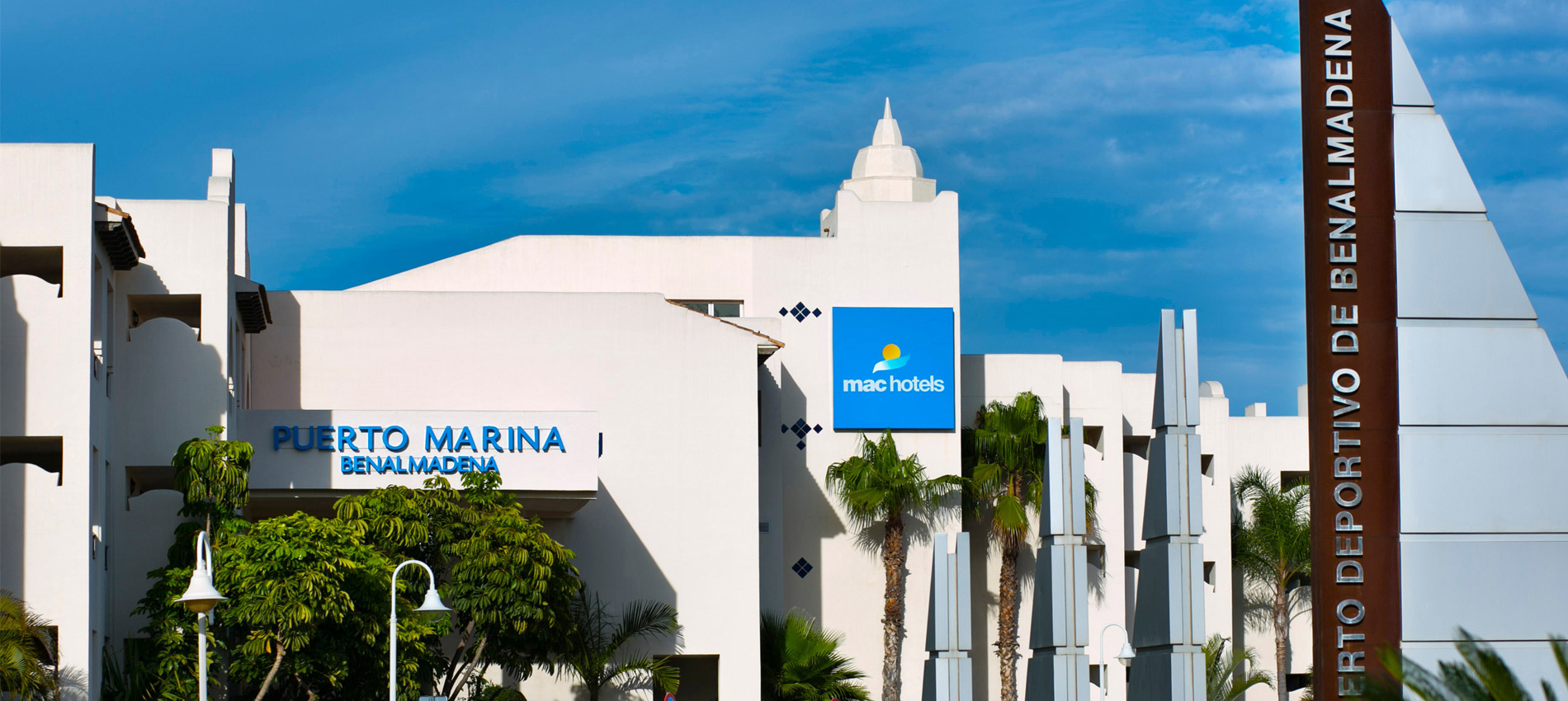 Contact hotel mac puerto marina benalmadena 4 malaga for Contact hotel